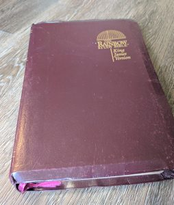 1992 The Rainbow Study Bible KJV