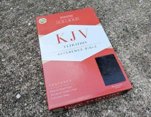 2013 KJV Ultrathin Reference Bible